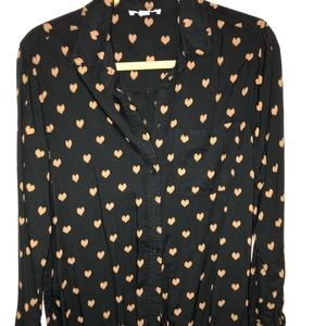 BeachLunchLounge heart button up tee